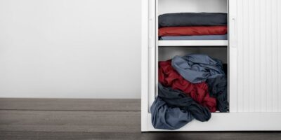 fold fitted sheets easily