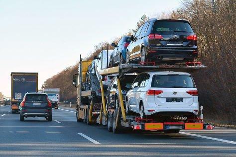 Transport a car