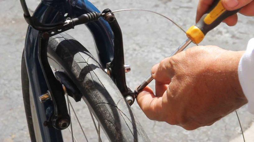 adjust bicycle v-brakes