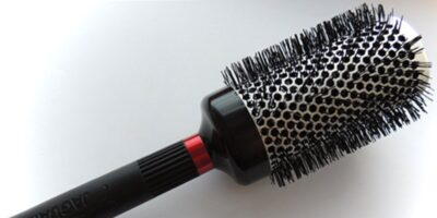 right hairbrush and comb for your hair type