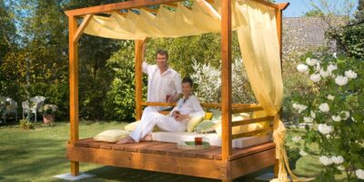 how to build a four poster garden day bed