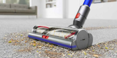 clean a Dyson vacuum cleaner