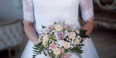 create a stylish vintage wedding