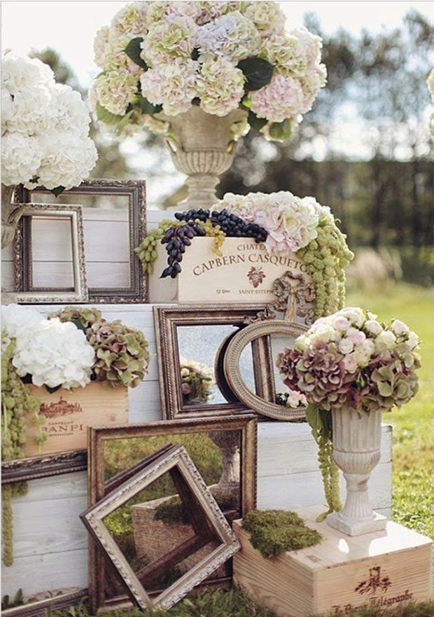 create a stylish vintage wedding
