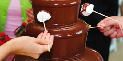 make a chocolate fountain