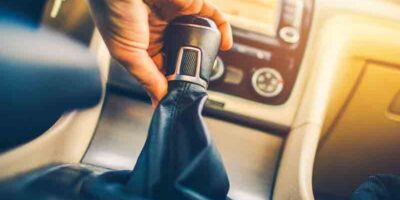 change gears without damaging the transmission