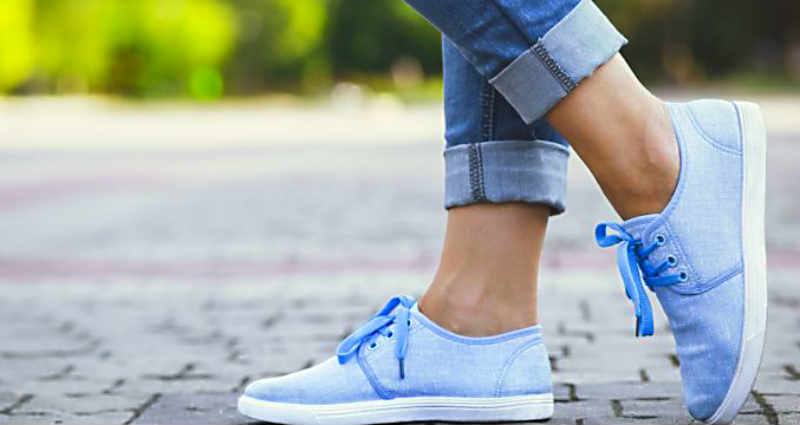 Best ways to clean cloth shoes