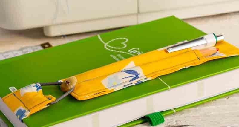 make a diary pen holder