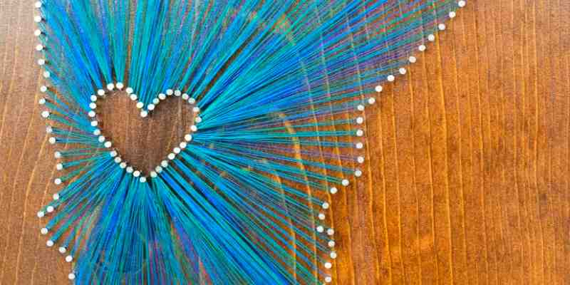 make a string art picture