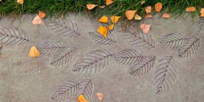 create decorative stepping stones