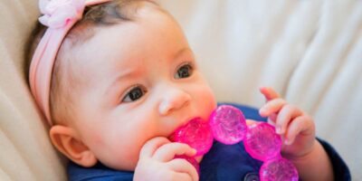 identify teething pain signs
