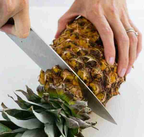how to pick a pineapple