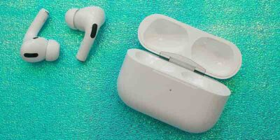 How to clean air pods without damage